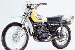 Yamaha-DT250-75