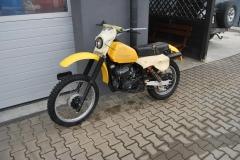 Suzuki PE 250 '1980-5